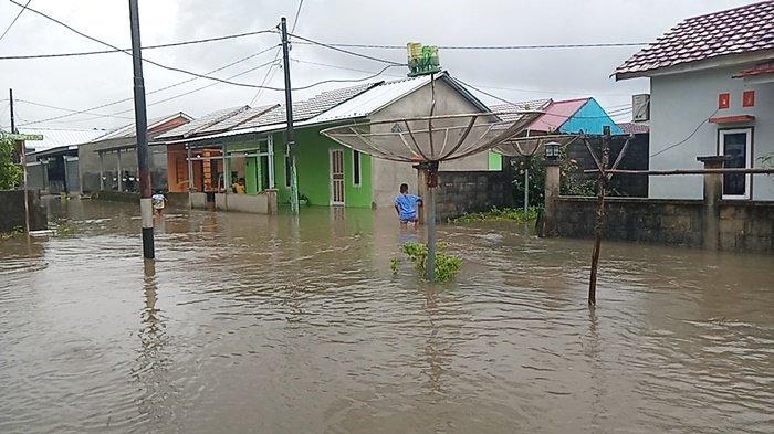 Talud Karung Berisi Pasir Tidak Mampu Tahan Debit Air, Perumahan Billiton Regency Banjir