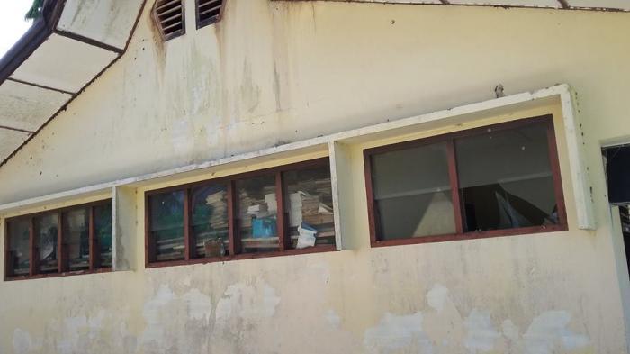 Memprihatinkan! Kondisi Bangunan Sekolah Berstandar Nasional di Belitung Ini