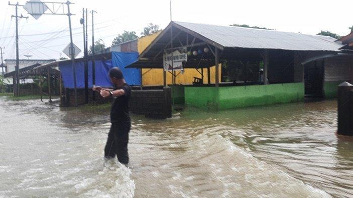 Curah Hujan Tinggi, Jalan Utama dan Jalan Desa Ini,  Ada yang Putus dan Amblas