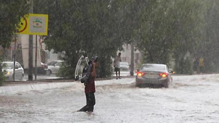 Jeddah Diterjang Banjir Bandang, 8 Orang Tewas
