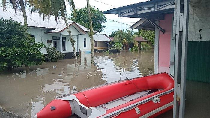 Di Lokasi Ini Puluhan Rumah Terendam Banjir, Air Setinggi Lutut Orang Dewasa