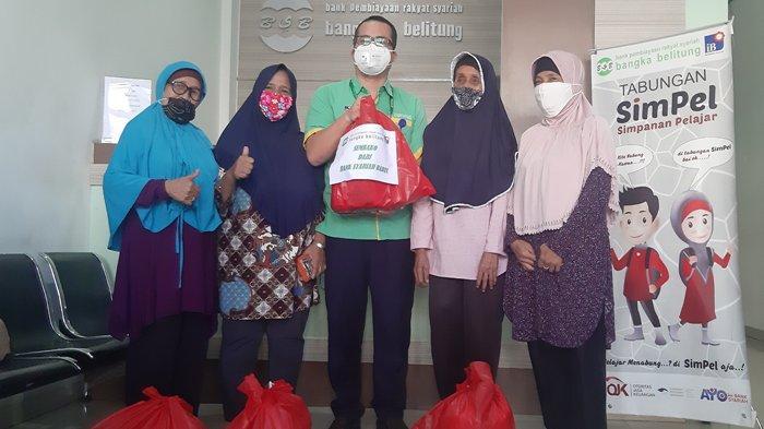 Bank Syariah Babel Bagikan 100 Paket Sembako