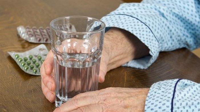 6 Hal yang Harus Diketahui Tentang Penyakit Infeksi Saluran Kemih pada Lansia