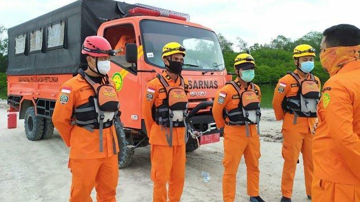 Lakukan Penyisiran di Teluk Merambai, Tim SAR Gabungan Cari Korban Pemancing yang  Diterkam Buaya - basarnas-c1.jpg