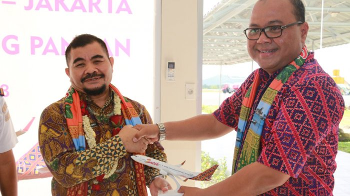 Batik Air Terbang Perdana di Langit Belitung, Makin Dongkrak Pariwisata - batik-air_20180331_103011.jpg