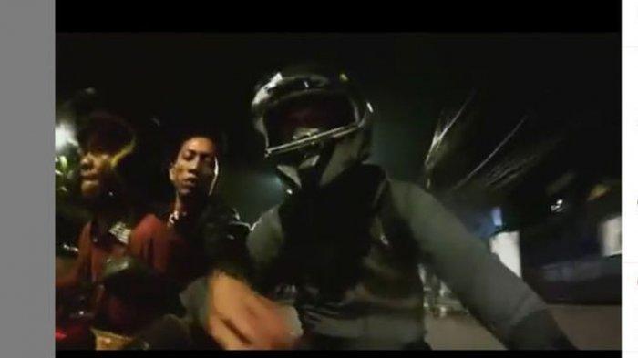 Video Penjahat Gagal Begal Motor Biker, Wajahnya Terekam dan Viral
