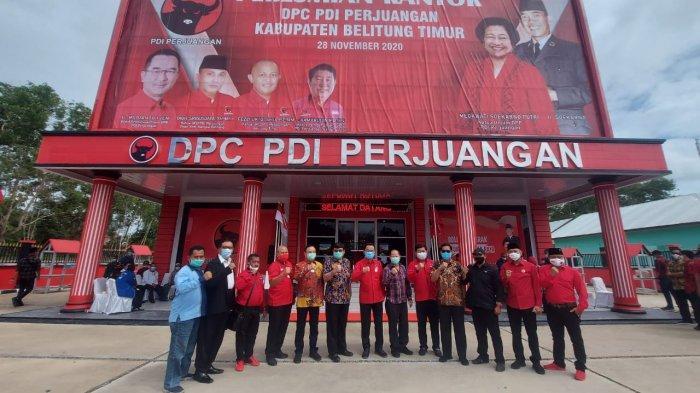 Rudianto Tjen Resmikan Kantor DPC PDIP Beltim, Jadikan Tempat yang Bermanfaat untuk Masyarakat - belitung-1.jpg