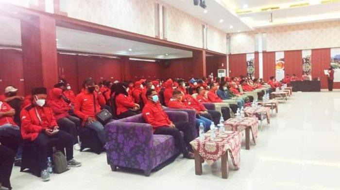 Gelar Pendidikan Politik, Rudianto Tjen Perkuat Nasionalisme Kader PDI-P Bangka Belitung