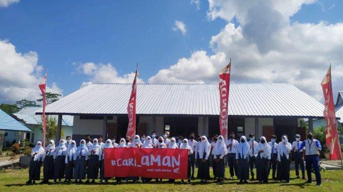 Tim Safety Riding Honda Asia Surya Perkasa Main Dealer Bangka Belitung kembali menggelar Safety Riding Education bertemakan Cari_Aman di hari yang Fitri di SMK Negeri 1 Dendang, Senin (24/05/2021).