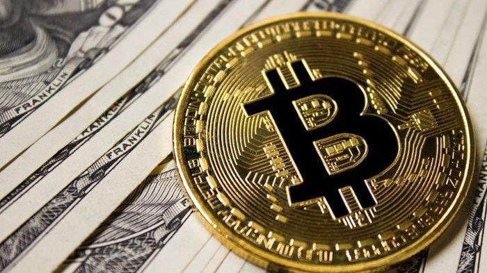 Harga Bitcoin Meroket Tembus Rp700 Juta Lebih Per Keping, Begini Prediksi Trennya