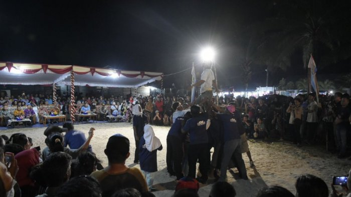 Disbudpar Beltim Fasilitasi Buang Jong Suku Sawang, Wabup : Lestarikan Budaya Majukan Pariwisata - buang-jong_20180212_093909.jpg