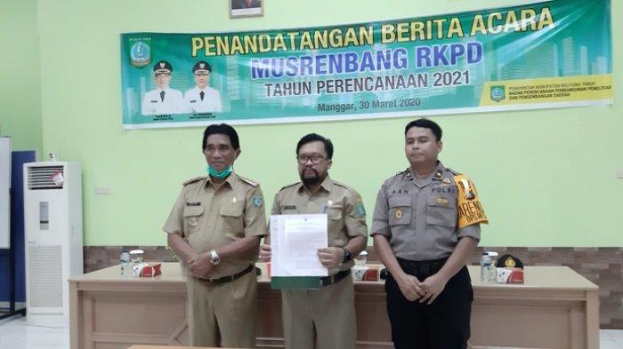 Bupati Belitung Timur Tandatangani Berita Acara Musrenbang RKPD 2021