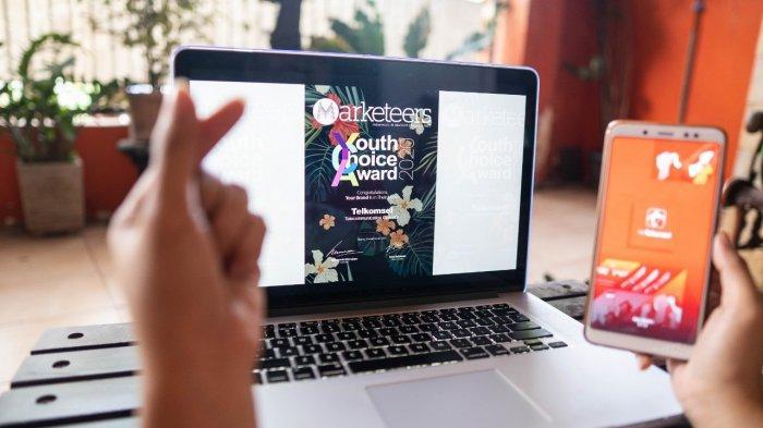 Konsisten Berinovasi, by.U dan Telkomsel Raih Penghargaan Marketeers Youth Choice Brands of The Year