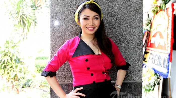 Chef Marinka Pose Begini, Netizen : Calon Bini Idaman
