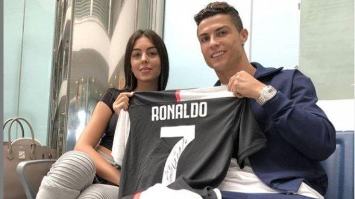 Pamer Keintiman, Begini Cara Georgina Rodríguez Memulihkan Otot-otot Cristiano Ronaldo yang Lelah
