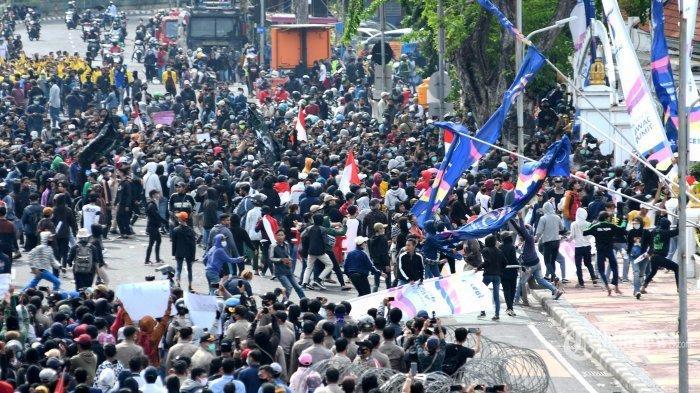 Ini Tokoh dan Gubernur yang Minta UU Cipta Kerja Dicabut, Amien Rais, Fadli Zon, hingga Ridwan Kamil