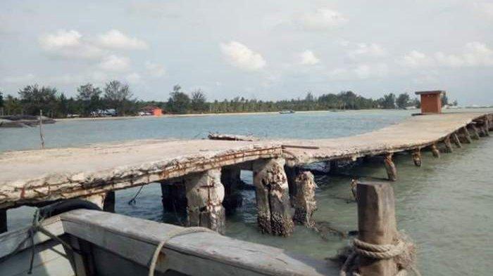 Dermaga Teluk Gembira Hampir Ambruk, Bupati Belitung Beberkan Kendala Perbaikan