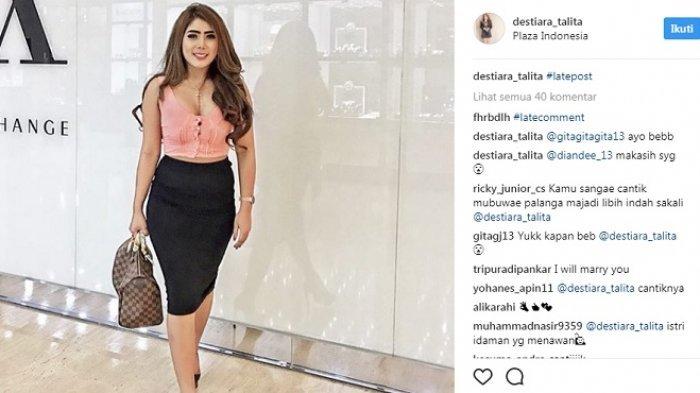Usai Ngaku Ditiduri Wali Kota, Ini Postingan Model Seksi di Instagram, Langsung Diserbu Netizen