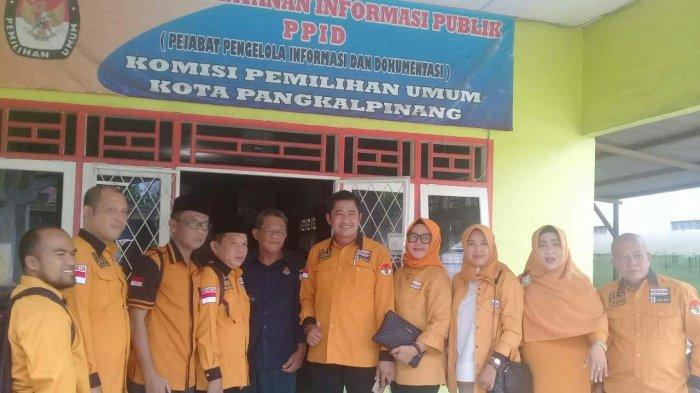 Hanura Daftarkan Bacaleg Pertama ke KPU Pangkalpinang