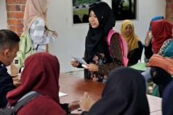 Wanita Asal Bangka Belitung Ini Ukir Prestasi dan Raih Penghargaan Bidang Lingkungan Hidup