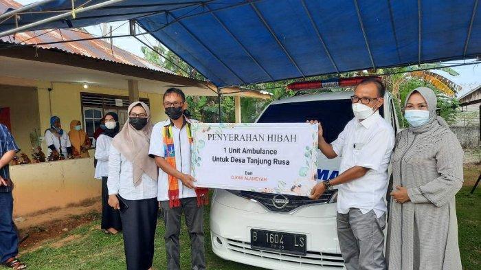 Peduli Masyarakat Pedesaan, Pengusaha Belitung Djoni Alamsyah Serahkan Bantuan Mobil Ambulans - djoni-alamsyah-serahkan-bantuan-mobil-ambulans.jpg