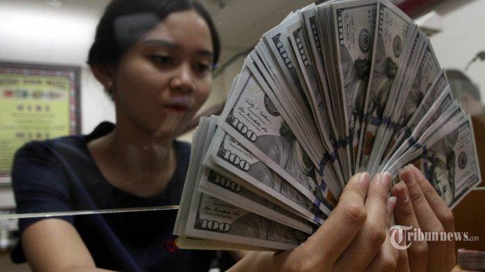 Nilai Tukar Rupiah Tembus Rp 15.029 Per Dolar AS, Jokowi Panggil Menteri