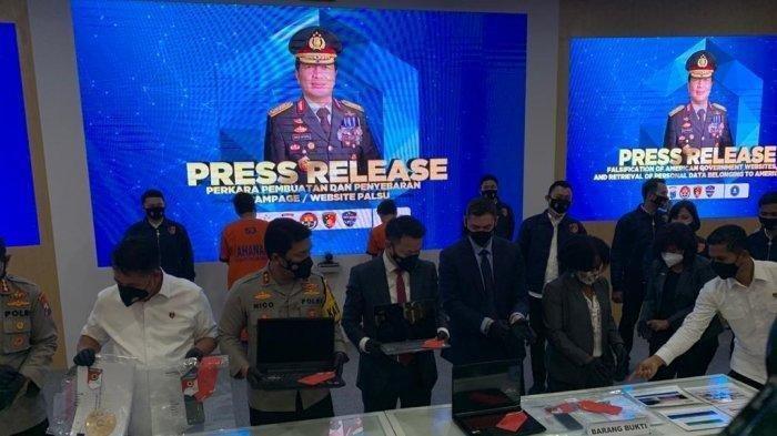 Dua pemuda Indonesia ditangkap karena membobol situs bantuan covid-19 Amerika Serikat