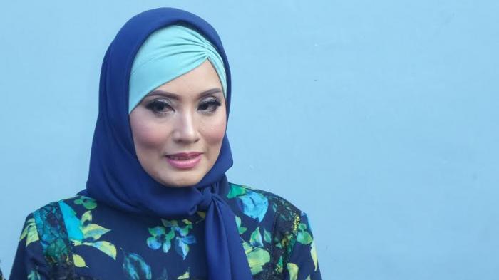 Reza Artamevia Lapor Gatot Brajamusti ke Polda Metro Jaya, Elma Theana : Surprised