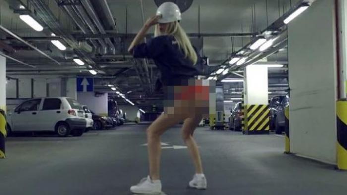 Video Wanita Menari Erotis untuk Pacar Jadi Viral
