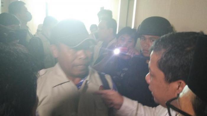 (VIDEO) Panasnya Adu Mulut Fahri Hamzah Dengan Penyidik KPK