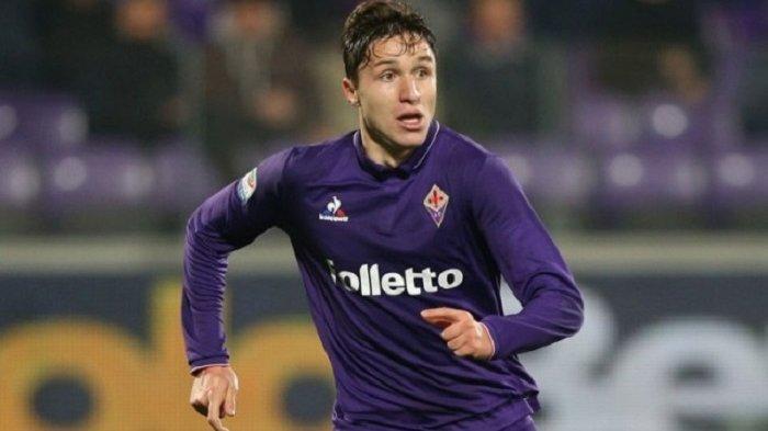 Juventus Ikut Memburu Penyerang Fiorentina