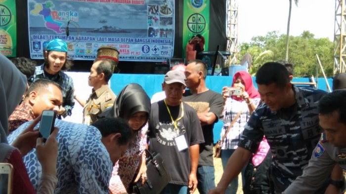 Danlanal Buka Festival Budaya Peh Cun dan Transplatasi Terumbu Karang
