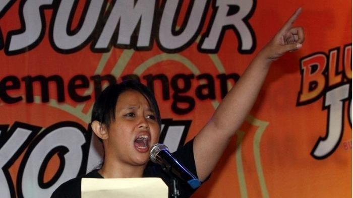 Sosok Fitri Nganthi Wani, Warisi Bakat Menulis Bapaknya Wiji Thukul Aktivis yang Hilang