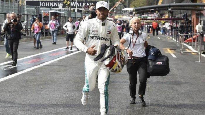 Lewis Hamilton Raih Pole Position, Vettel Posisi Kedua