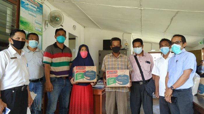 Polres Belitung dan PT AMA Bagikan Bansos - foto-bersama-penyerahan-bantuan-sosial-rabu-284-1.jpg