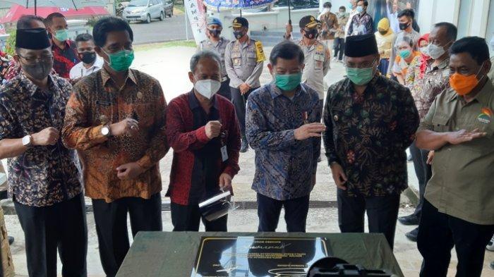 Menteri PPN Suharso Monoarfa Resmikan Pusat Informasi Geologi Pulau Belitung