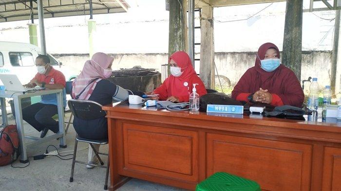 Guru SMPN 3 Tanjungpandan Terima Vaksinasi Covid-19, Akui Awalnya Sempat Takut Divaksin