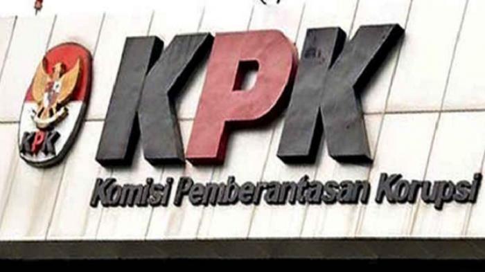 Penyidik KPK Bawa Bupati Banyuasin ke Jakarta