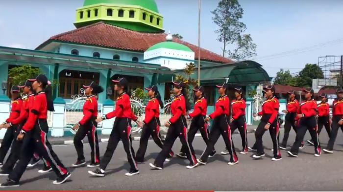 Ini Daftar Juara Lomba Gerak Jalan HUT Kemerdekaan di Belitung