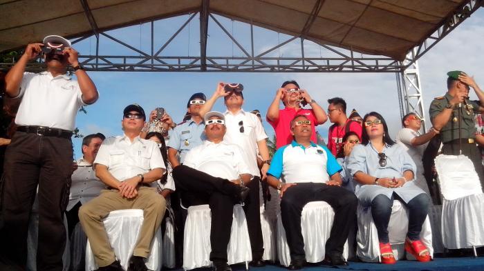 (Foto) Kunjungan Menhub Jonan Selama 4 Jam 30 Menit di Belitung