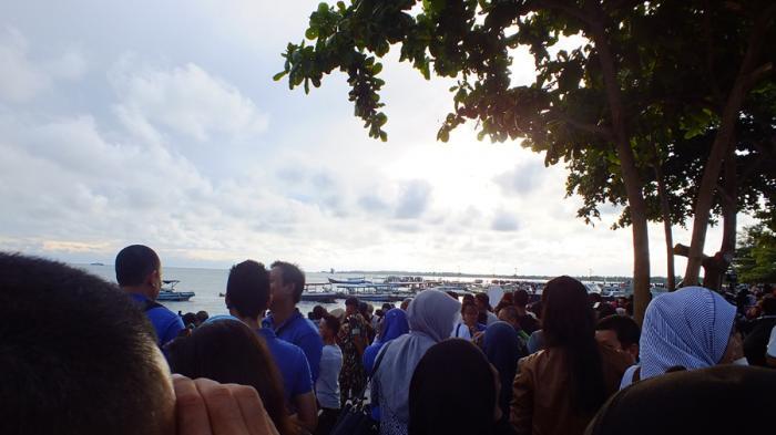 Fenomena Gerhana Matahari Total, Sedot 100 Ribu Turis Asing ke Indonesia