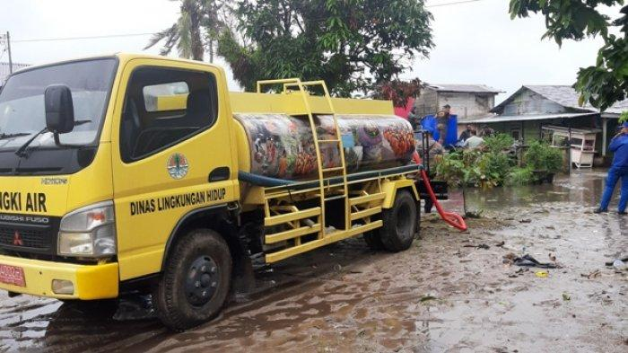 Pantau Titik Banjir, Sekda Minta Suplai Air Bersih dan Karung Pasir Peninggi Talud