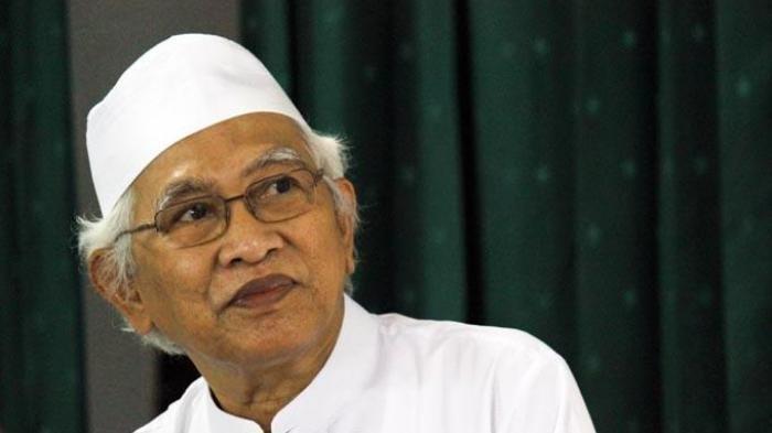 Syairnya Menggetarkan Hati, Gus Mus Mendadak Teringat Puisi Nasihat Ramadhan Buat Mustofa Bisri