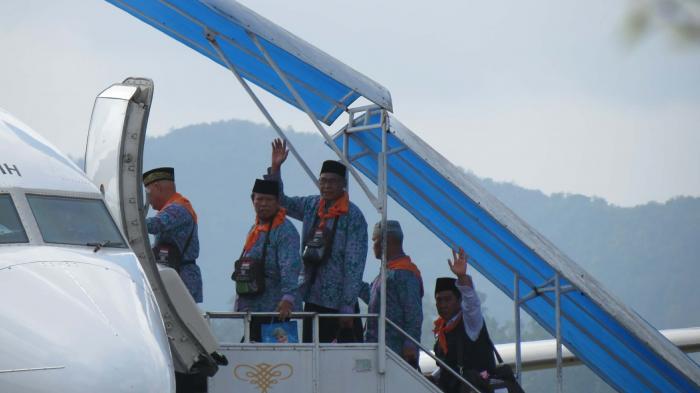 Calhaj Dari Belitung Telah Bertolak ke Tanah Suci