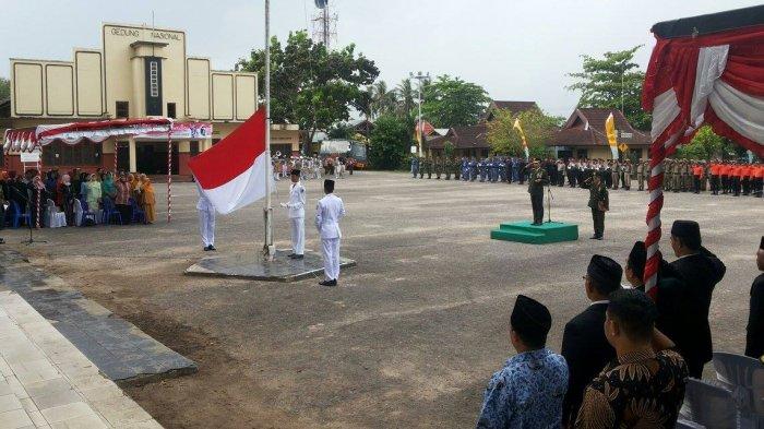 Wabup Belitung : Kita Harus Bersatu Menjaga Daerah - hari-pahlawan_20171110_102016.jpg