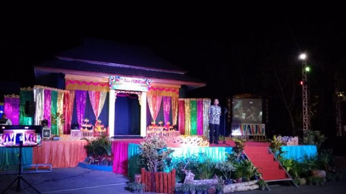 10 Pasang Bujang Dayang Belitung Beraksi Meriahkan Malam Puncak