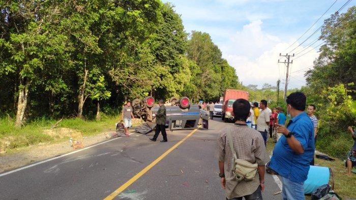 BREAKING NEWS: Mobil Pertamina Kecelakaan di Genting Apit, Sempat Hadang Rombongan Bupati Burhanudin