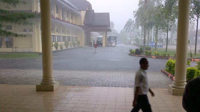 Kedatangan Taruna Wreda Nusantara di Belitung Disambut Hujan Deras