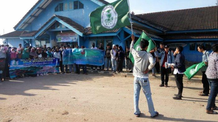 Tiba di Pelabuhan Tanjung RU Belitung, Mahasiswa Deklarasi Tolak Tambang Laut