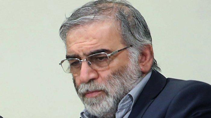 Foto yang disediakan oleh situs web resmi Pemimpin Tertinggi Iran pada 27 November 2020, menunjukkan ilmuwan Iran Mohsen Fakhrizadeh pada 23 Januari 2019. Iran mengatakan Mohsen Fakhrizadeh, salah satu ilmuwan nuklir paling terkemuka, tewas dalam serangan terhadap mobilnya di luar Teheran yang dituduh musuh bebuyutan Israel berada di belakang dan bersumpah akan membalasnya. Simak reaksi dunia atas tewasnya Mohsen Fakhrizadeh berikut ini.